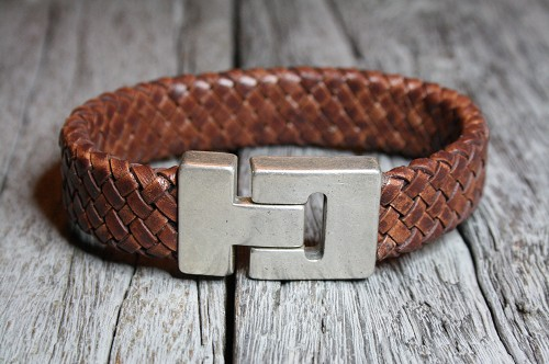 Braided cognac leather bracelet
